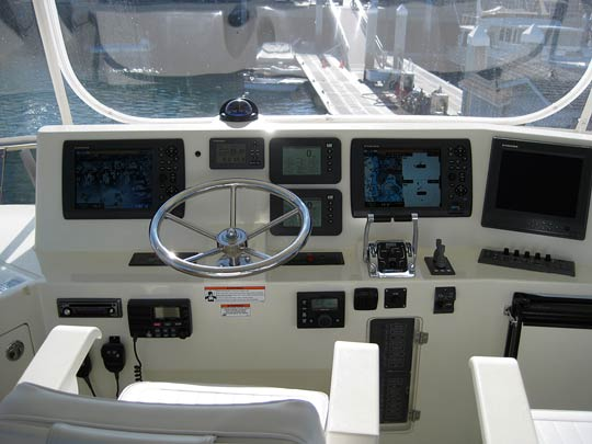 Furuno NavNet3D system - Furuno CH300BB Sonar - Full complement of electronics in Flybridge